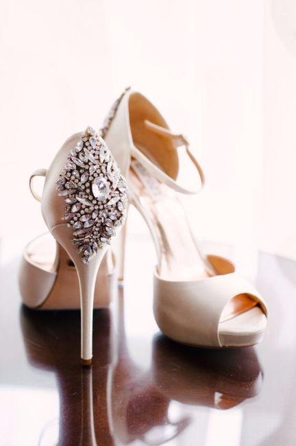 B.zapatos