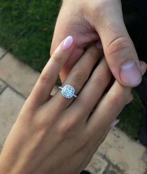 ¿Si o No al anillo de pedida de Kayla Itsines? 💍 1