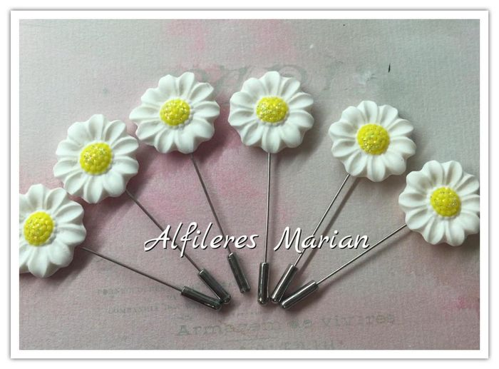 Alfileres. 15
