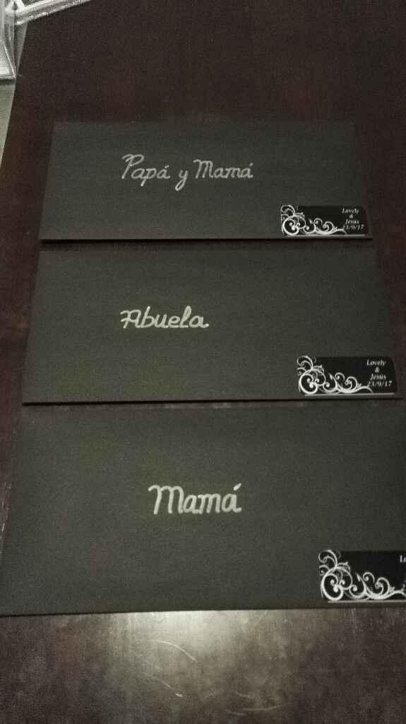 Así quedan los sobres de las invitaciones - 1