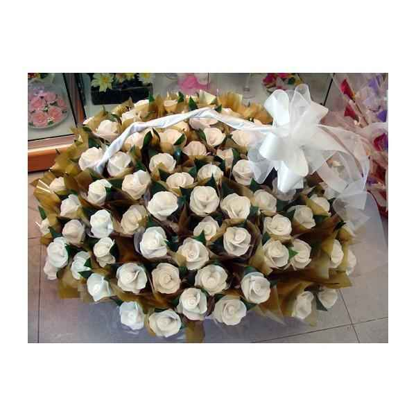 Cestas 50 rosas obsequio mujeres