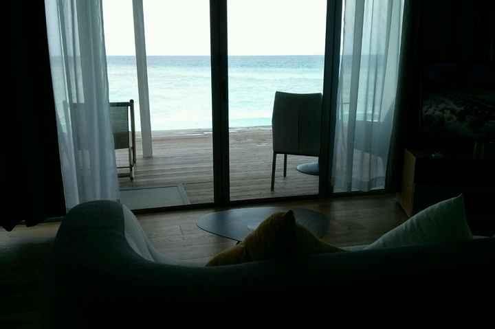 Water villa o deluxe beach villa? hotel kuramathi - 2