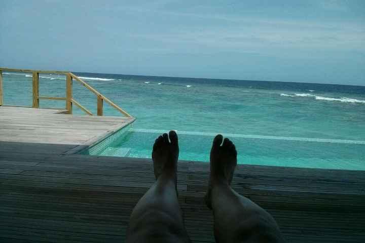 Water villa o deluxe beach villa? hotel kuramathi - 3