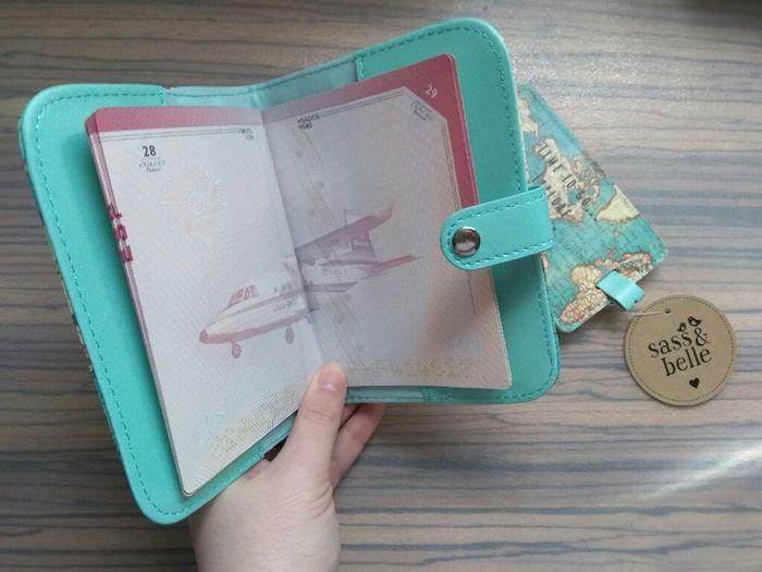 Portapasaporte y marcador de maleta de asos 3