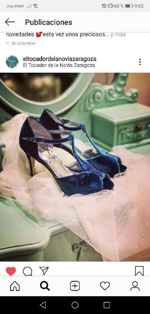 Zapatos blancos o azules - 1