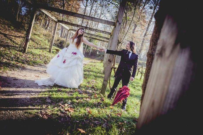 Q mala soy... mi vestido es el más bonito!!! - 1