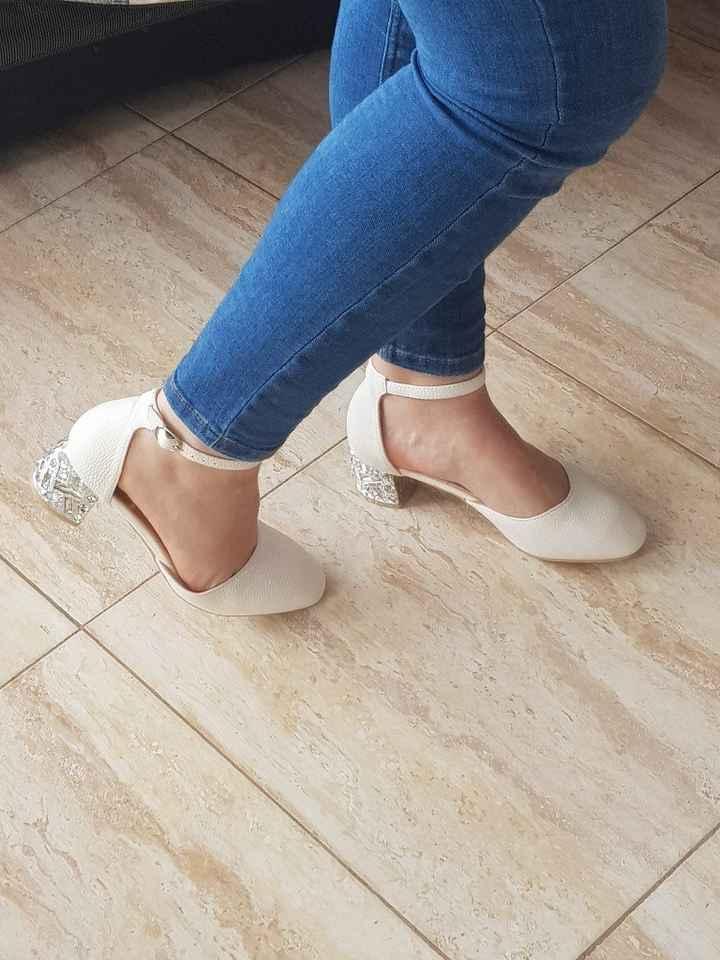 Yo y los zapatos! Otra vez! - 2
