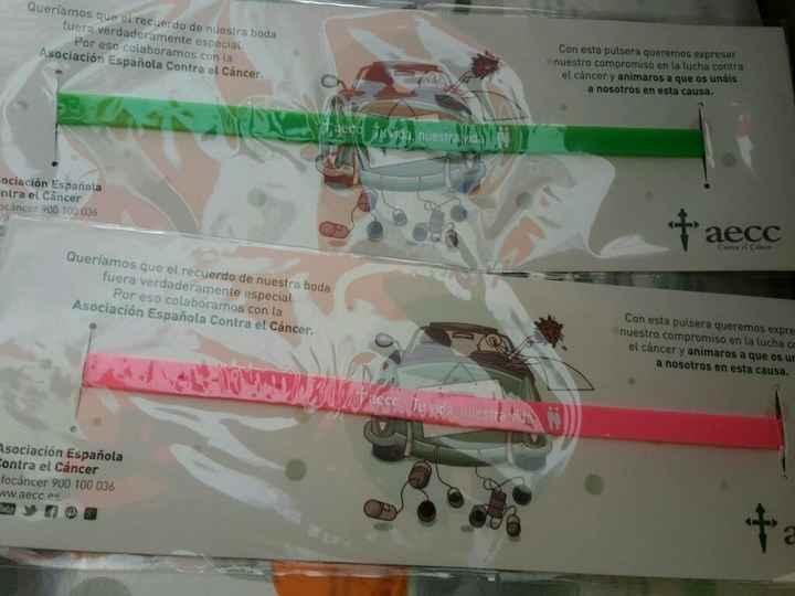 Ayuda!!!pulseras de la asociacion contra el cancer - 1