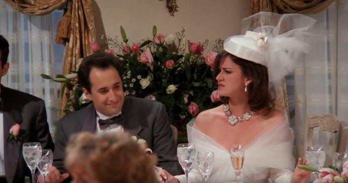 Hablemos de los vestidos de novia y trajes de Friends 2