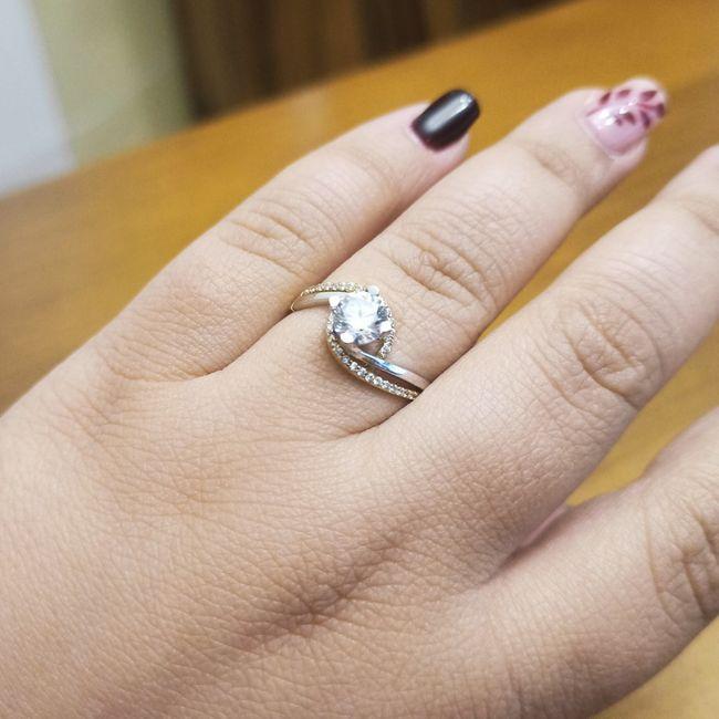 Pongamos todas nuestro anillo de compromiso 5