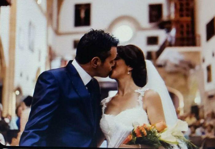 Puedes besar a la novia!!... En los labios o en la cara? - 1