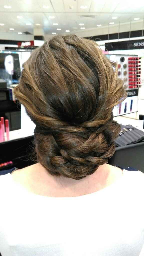 Encantadisimaaaa con mi peinado!!! - 1