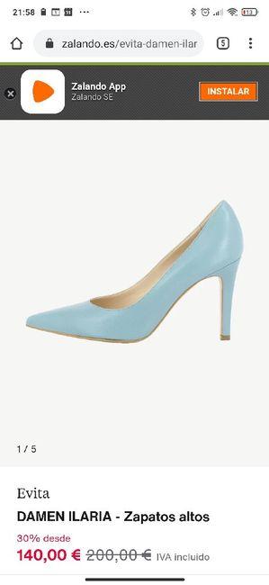 Zapatos celestes 3