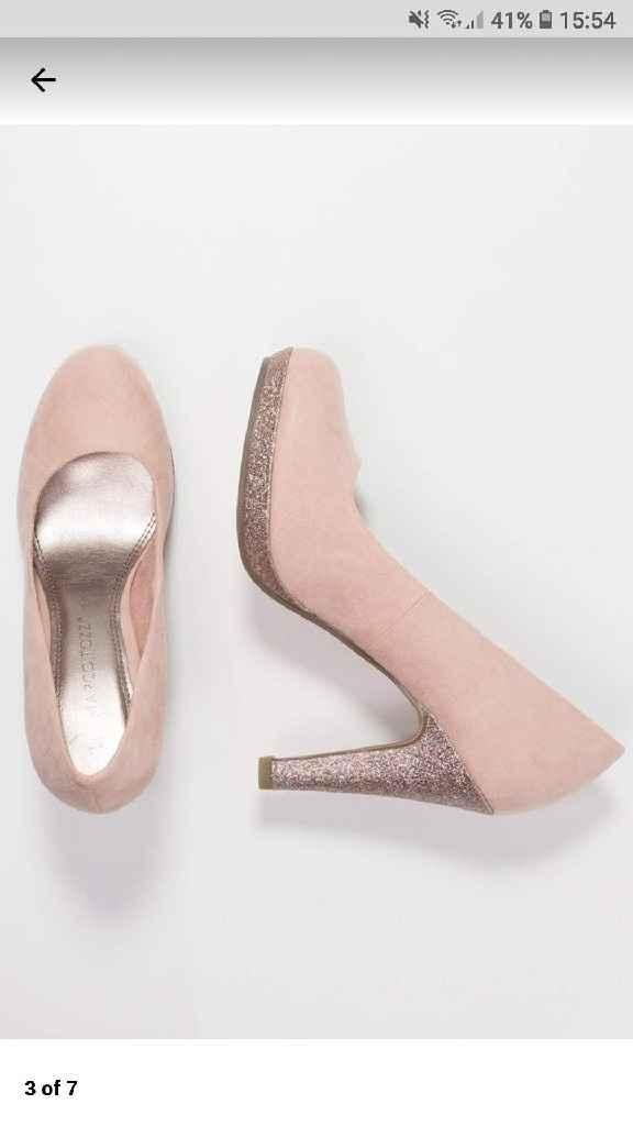 Nuevos zapatos para el día B. y ya van 2 o 3 😂 - 1