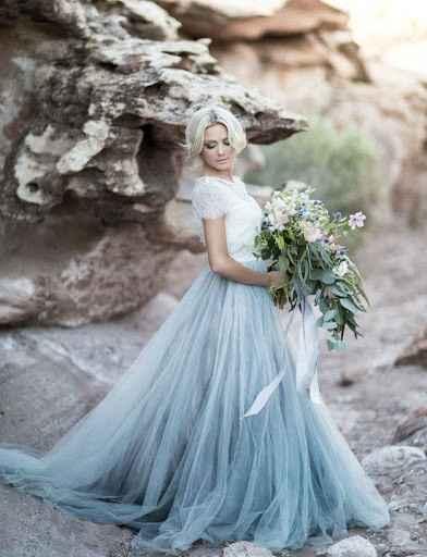 ¿Outfit de novia poco tradicional? - 1