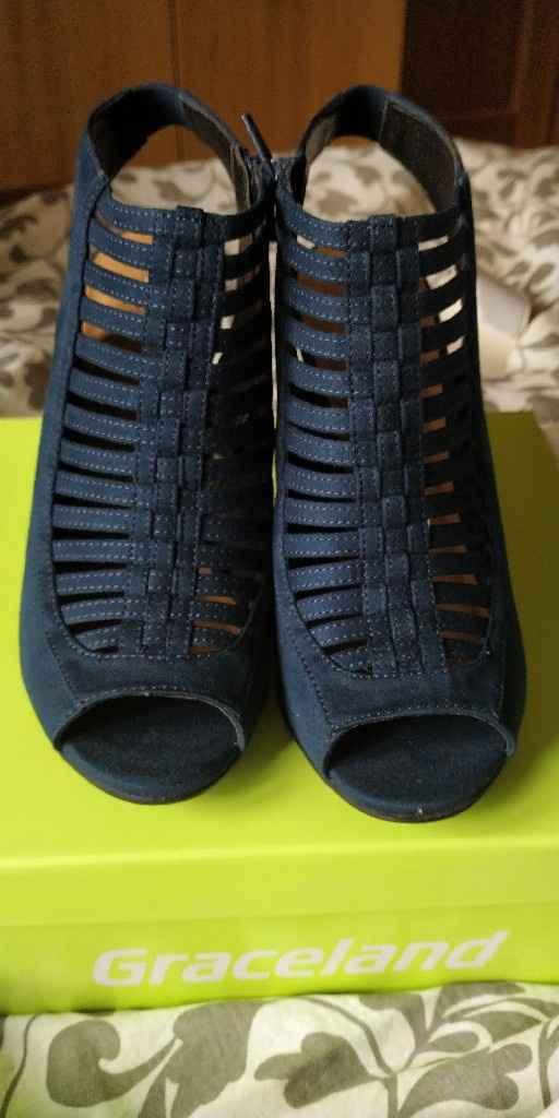 Ya tengo los zapatos - 1