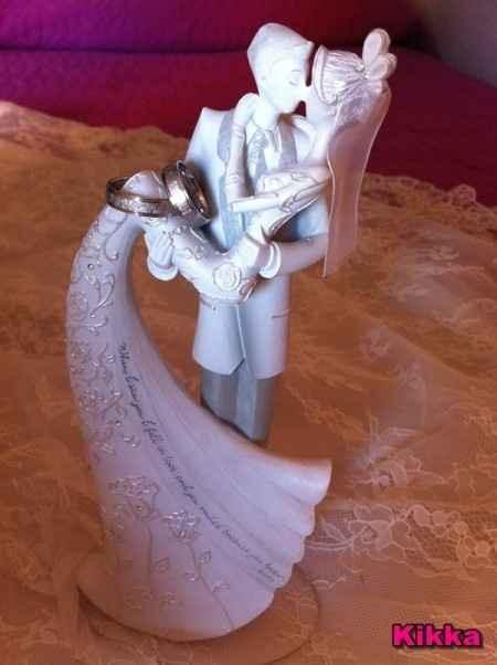 Mi figura de novios y anillos