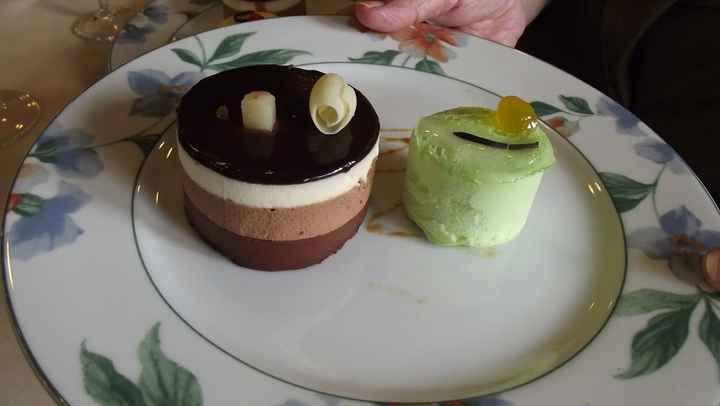Tarta chocolate y helado