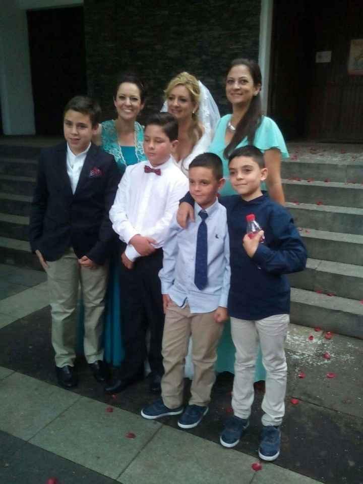 Con mis hermanas, mis sobrinos y nuestro hijo