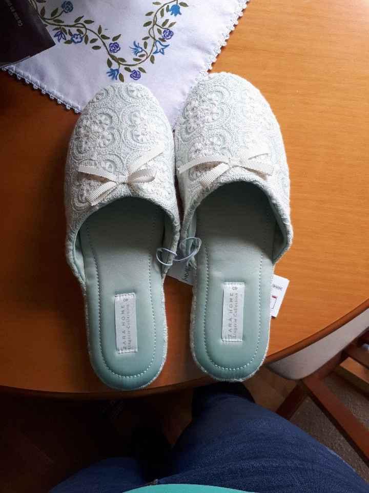 Mis zapatillas para el dia B! - 1