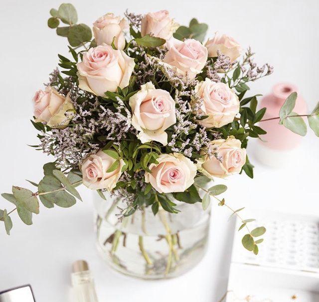 Para las que no queráis gastar mucho en el ramo o centro de flores... 1