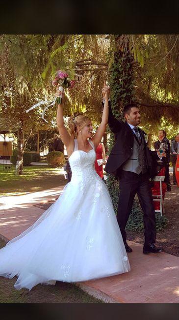 Ya felizmente casados!!! Vaya día👏🏼😍👏🏼😍 - 5