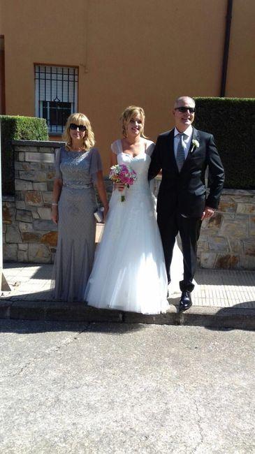 Ya felizmente casados!!! Vaya día👏🏼😍👏🏼😍 - 7