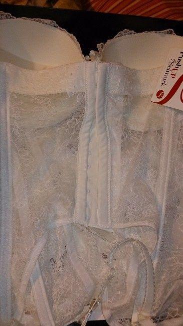 Ropa interior de la novia 2 fotos for Ropa interior de novia