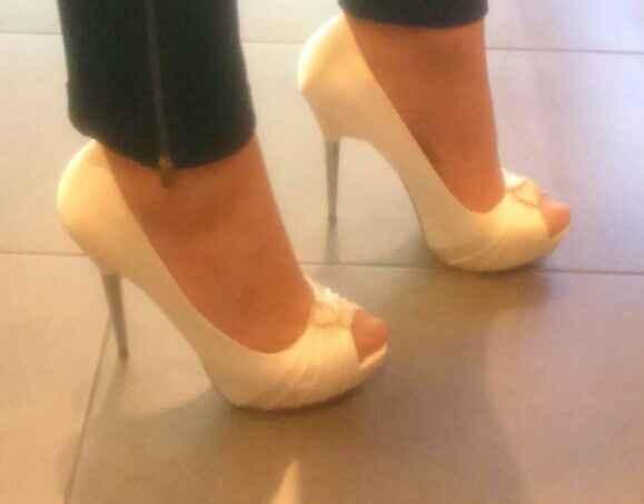 Nuestros zapatos menbur!! - 2