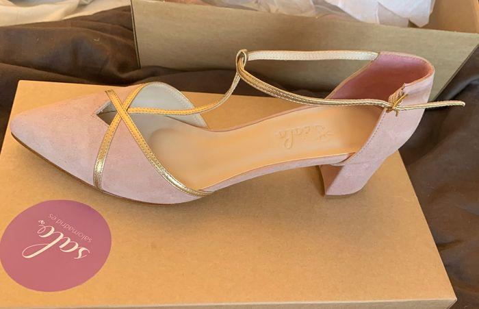 Zapatos planos o con muy poco tacón 9