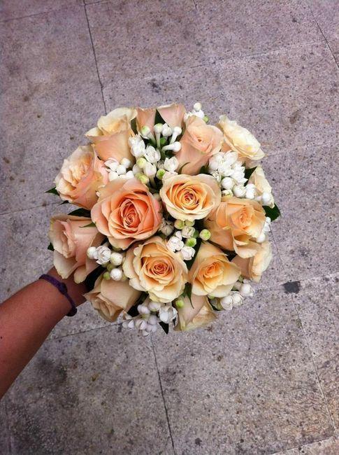 ramo y flores para vestido color champagne????? - moda nupcial