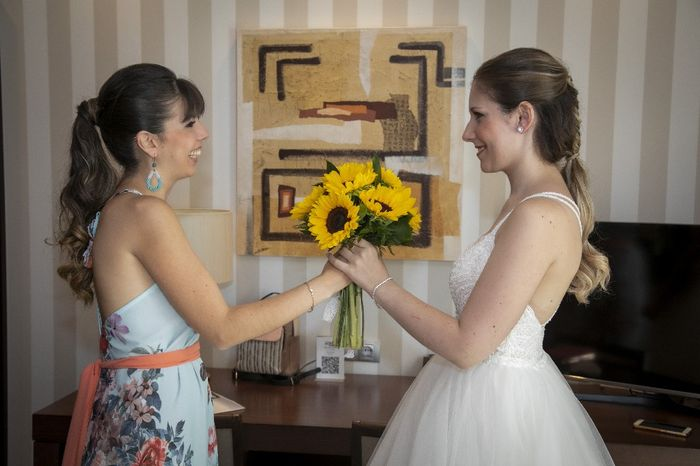 Dale un toque de luz a tu boda con GIRASOLES 🌻 6
