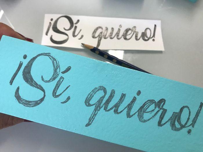 4. A mi me gustaban estas letras, así que las imprimí, las pinté con lápiz por detrás, lo puse encim