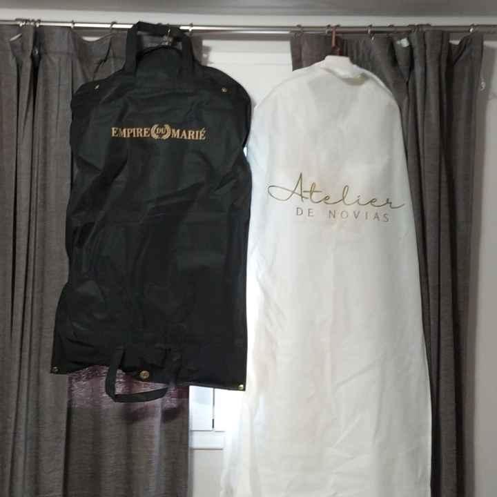 Tenemos nuestros vestidos de novios en casa! - 1