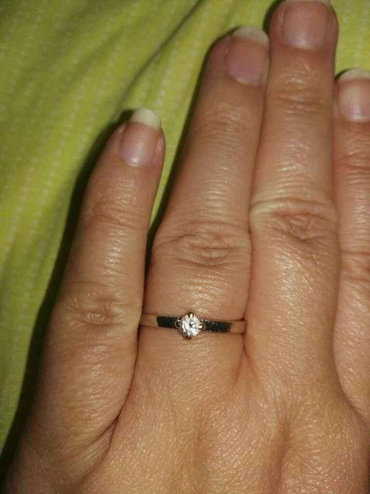 ¿Nos enseñas tu anillo de compromiso? - 1