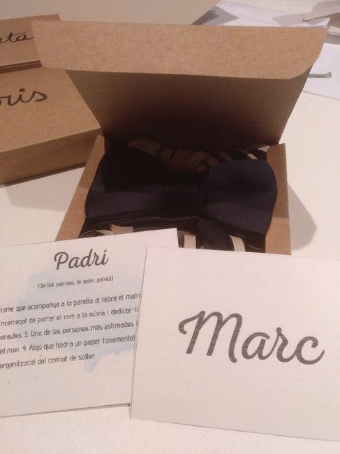 Handmade cajas: testigo, damas de honor y padrino 2