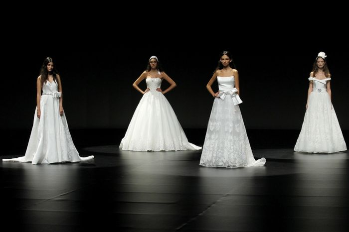 Bellantuono presenta su nueva colección de vestidos de novia en la VBBFW 👗 - 1