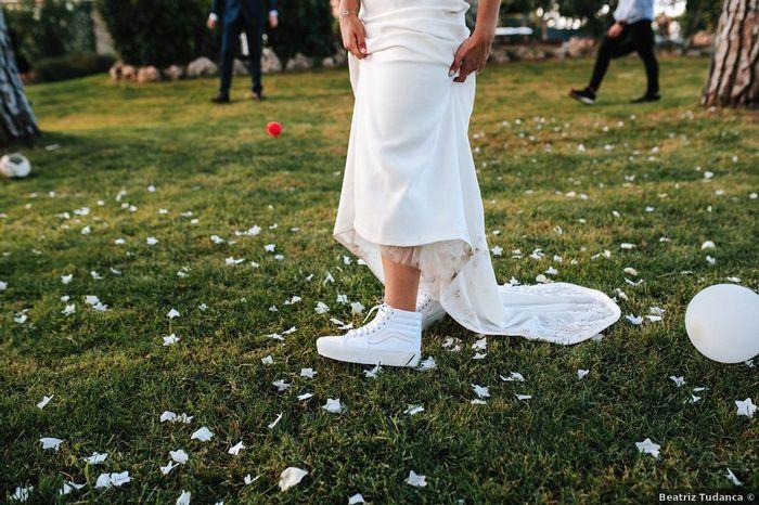 ¿A favor o en contra de las deportivas para novias? 1