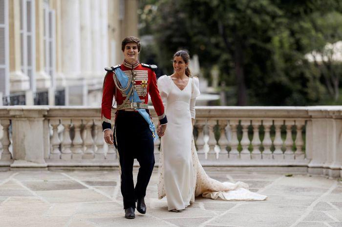 ¡Conoce todos los detalles del look de boda de Belén Corsini y Carlos Fitz-James Stuart! 1