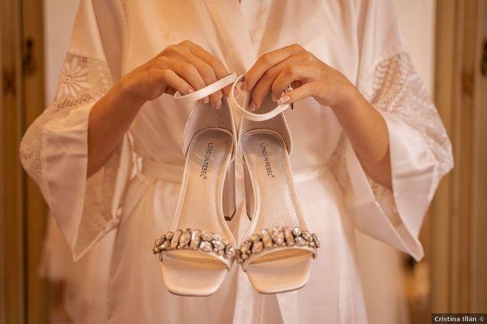 ¿Tus zapatos llevarán pedrería? 1
