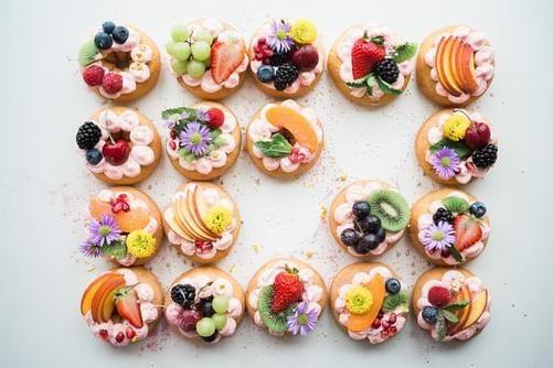 ¿Cambiarías tu tarta de boda por estas mini tartaletas de frutas? 🥝 1