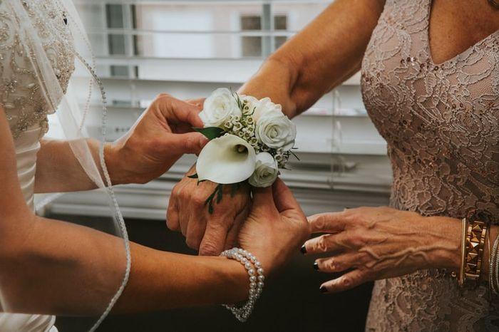 ¿Regalarás pulseras florales a tus damas de honor? 1
