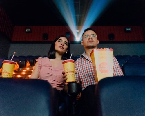 ¿Cuál es la última película que vieron junt@s? 1
