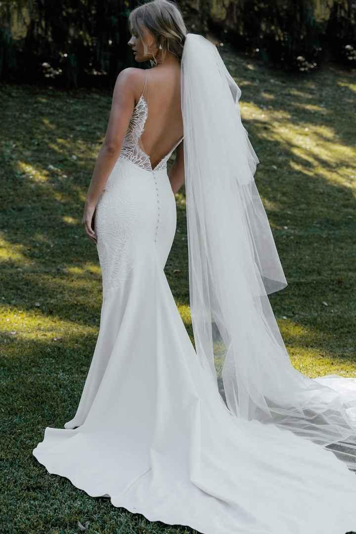 ¿Qué pendientes encajan mejor con este vestido? 🤔 - 1