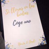 Carteles para confeti y lágrimas - 1