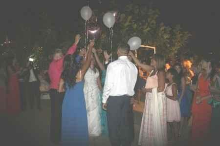 Suelta de globos el día de la boda - 1