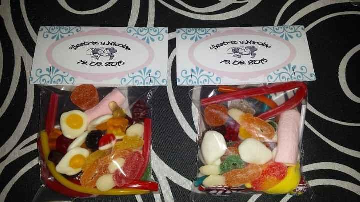 Bolsas de chuches para niños (iba dentro de la bolsa grande con una bolsa de gusanitos, globos, cara