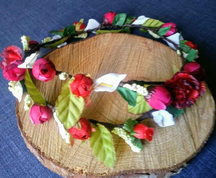 Corona de flores para la novia - 1