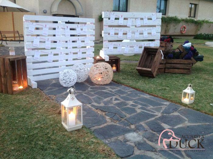 Ideas utilización palets en bodas 1