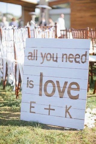 Ideas utilización palets en bodas 8